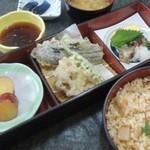 越前和食処 花はす - 松茸の炊込みご飯膳 1380円