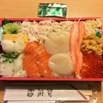知床鮨 - 蝦夷前ちらし 1890円