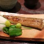 青草窠 - 焼き物:岡山産うなぎのなまほ焼く