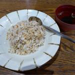 徳澤園 - 野沢菜チャーハンと若芽の汁物