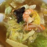 明華園 - 広東麺 アップ