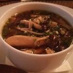 Les deux - フォアグラとキノコのスープ
