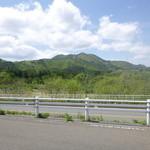 42343249 - 店舗向かい側の風景