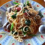 イタリアンレストランバーココロ - アサリとほうれん草のトマトソース(ランチセット900円)