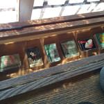 喫茶去かつて - レトロなマッチ箱が飾ってありました