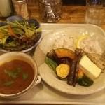 ブールバール - オマールエビベースのスープカレー!800円!