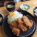 とんかつ食堂 澤亭 - ランチのひれかつ定食880円