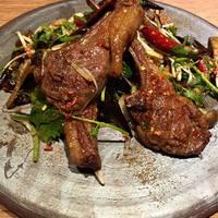 中国菜 四合院凛丹 - 骨付きラム肉の山椒唐辛子醤油炒め