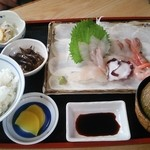 42359043 - さしみ定食1100円