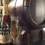深夜の久保食堂 - 生樽スパークリングワイン