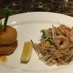 タイレストラン タニサラ - トーマンクン と パッタイ