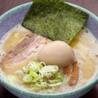 気むずかし家 - 味玉鶏白湯ラーメン 780円