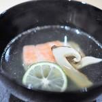 ぎんざ 一二岐 - 金目鯛と松茸のお椀