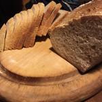 民宿 フィールドノート - 奥様お手製ハード系パン!