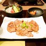 ビーフレストラン 豪倭 宝塚店 -