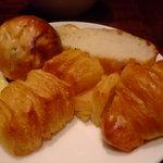 4237904 - 食べ放題のパン