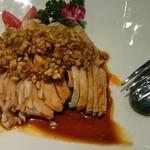 京鼎樓 - ヨダレ鳥。思った以上にピリ辛ですが下味がきっちりついていて美味しいです。
