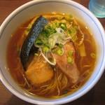 麺処びぎ屋 - 醤油ラーメン750円