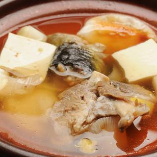 上品な出汁と旨みが堪能できるを『すっぽん鍋コース』