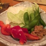 本気炭火焼鶏 豆 - ☆お付き出しはお野菜いろいろ☆