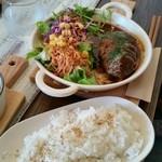 Electric Beans Cafe 豆電球 - ハンバーグランチ