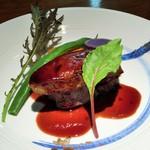 ダイニングバー燕 - 料理写真:道産牛ヒレとフォアグラのソテー