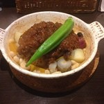 Osteria Ovest - 牛肉の赤ワイン煮込み