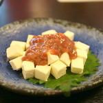 麦酒庵 - 珍味「酒盗チーズ」(2015.Sep)