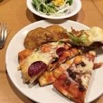 シェーキーズ - ピザ&ポテト