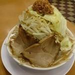 麺屋 中川 - 2015年8月 豚らーめん 野菜増し、ヅケにんにく 780円