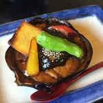 すし市場 なか安 - 丸茄子田楽。あっつあつでボリュームたっぷり、味もいい。これで500円は安い!!