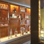地中海料理 「アチェンド」 - ヒルトン東京のアチェンドです。