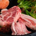 ヨプの王豚塩焼(熟成肉専門店) - 料理写真:銘柄豚+熟成肉