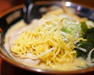 ひむろ  亀有店 - 2015.9 麺は中太縮れ麺