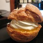 京の洋菓子工房 リモール - シュークリーム