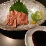 炭火焼 鶏奈緒 - レバ刺身
