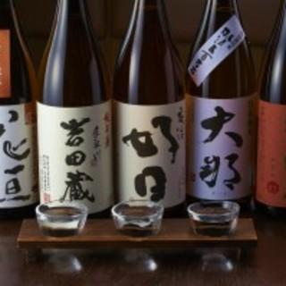 店主厳選の日本酒!そば屋のつまみと