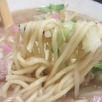 博多もつ鍋前田屋 博多店 - 麺もプリプリした上質な麺でした。