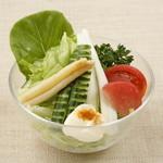 洋食屋 ヨシカミ - コンビネーションサラダ