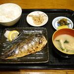 カラフル食堂 - さばの塩焼(小鉢付)