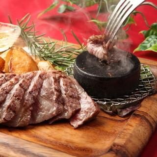 【絶品】自慢のお肉料理は自信をもってオススメ!