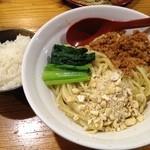 ラーメン武藤製麺所 - 汁なし坦々麺の残り汁にライス