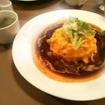 カフェレストラン・エミリオ - デ味噌ースオムライス ¥880 スープ付き