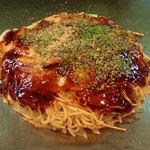 よしだや - 「元祖広島お好み焼き・そば肉玉子入」(680円)