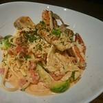 ストーヴ・キッチン ボウルハウス - 渡り蟹と芽キャベツのパスタ