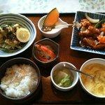 豚珍館 - 料理写真:日替わり定食
