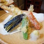 うなぎのやっこ - 海老、蟹カマ、しし唐、茄子、南瓜