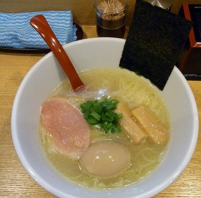 麺屋 正路 - とろ玉塩ラーメン 850円