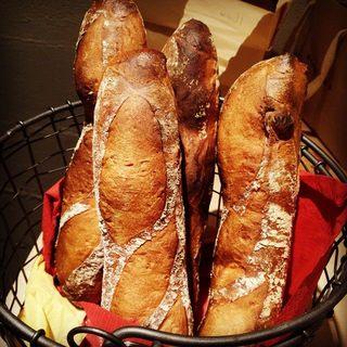 毎日焼きたて♪北海道産国産小麦100%の自家製パン