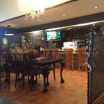 42496284 - 店内。喫茶店風。